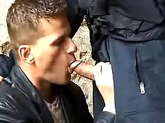 Policeman forces dude to suck him in ago street